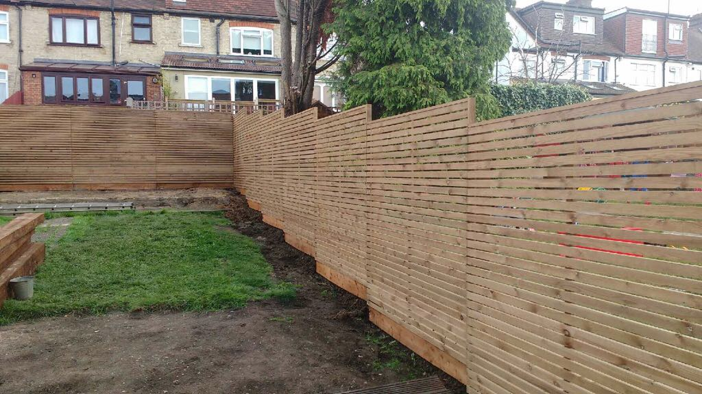 Cheap Cedar fencing alternative