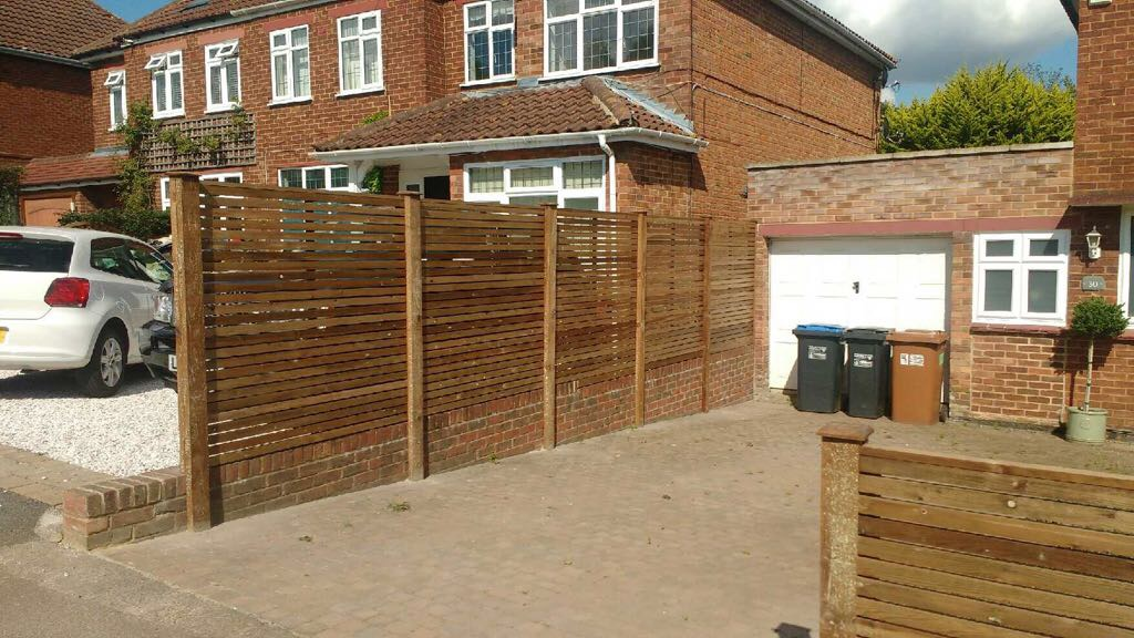 Contemporary fencing Waltham Abbey