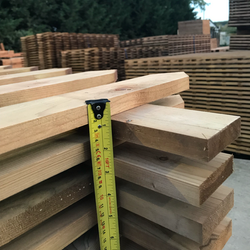 Picket thickness quality fencing