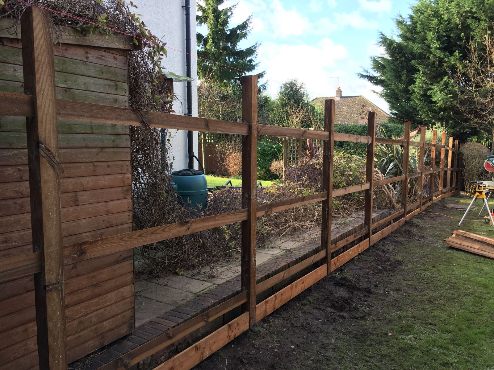 Fencing installation Enfield