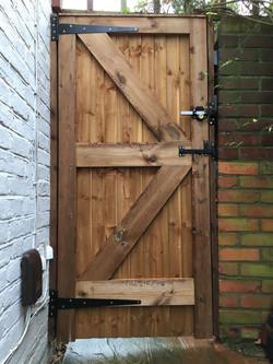 Gate installation cheshunt