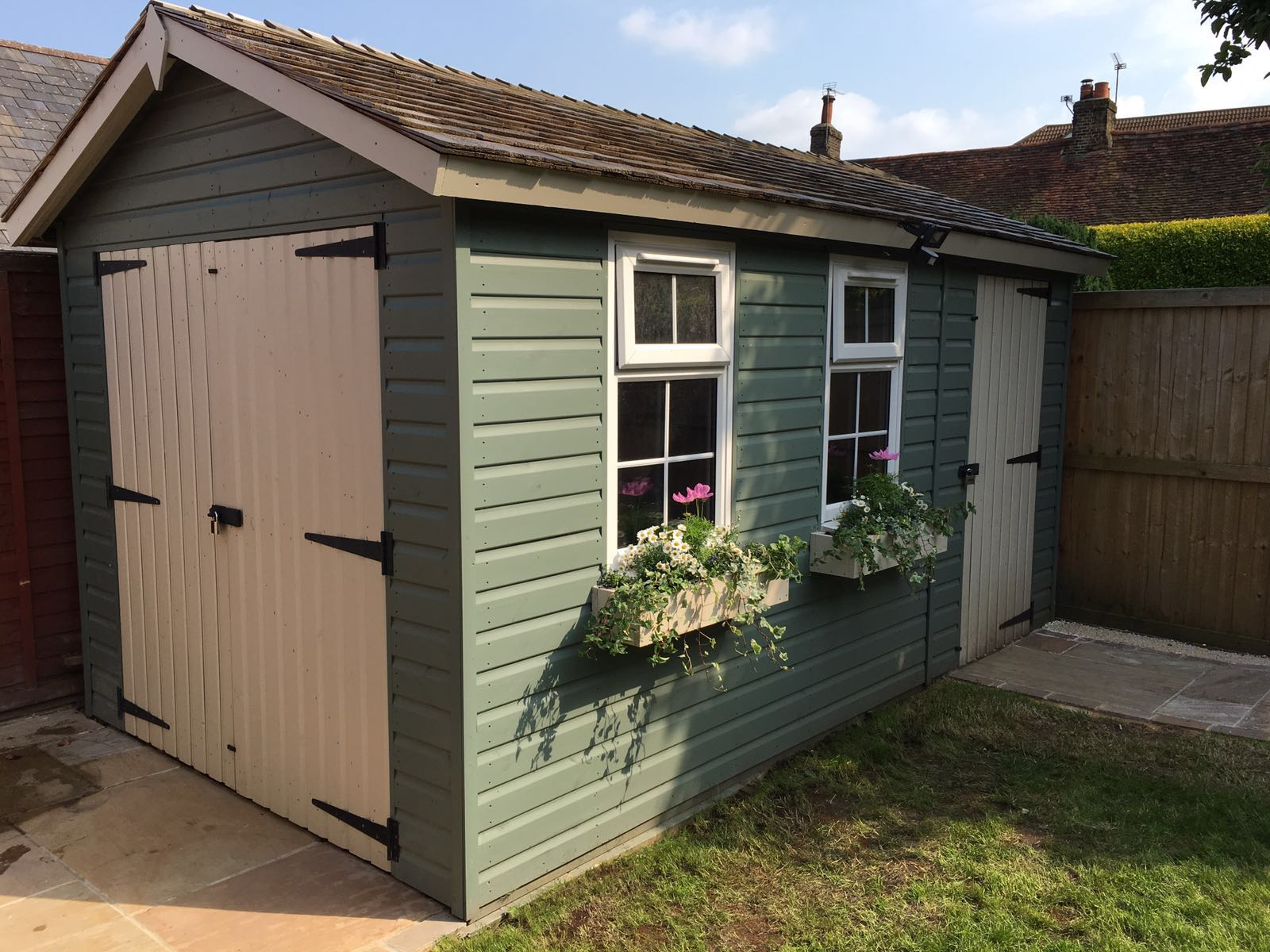 Apex shed with double doors