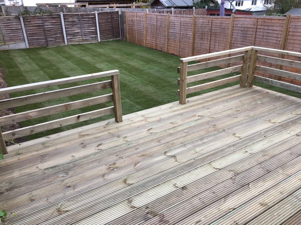 Decking heavy duty rails