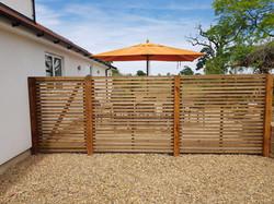 Contemporary fencing panels E11