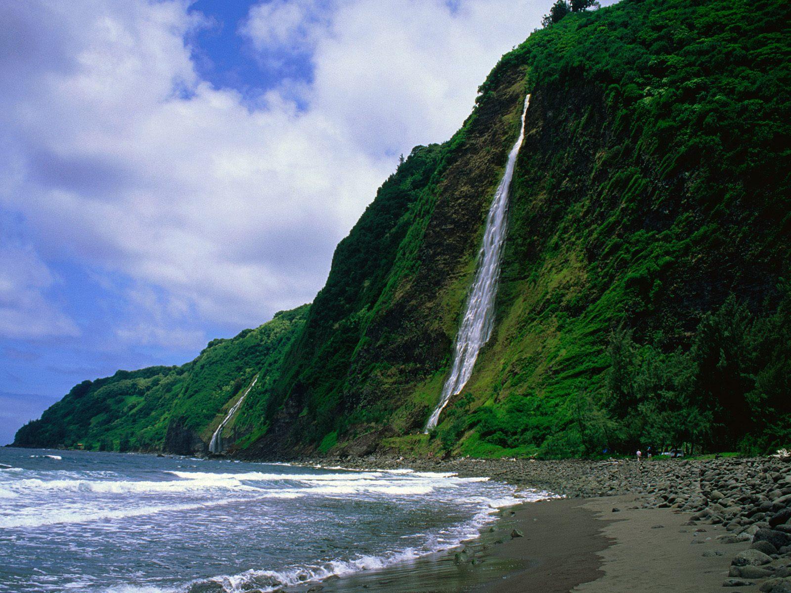 Kaluahine Waterfall, Waipio Valley, Hamakua Coast, Hawaii