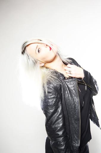 Brunhilde spielen immer noch keinen Mittelalter-Rock: das neue Album der female-fronted Hardrock-Gra
