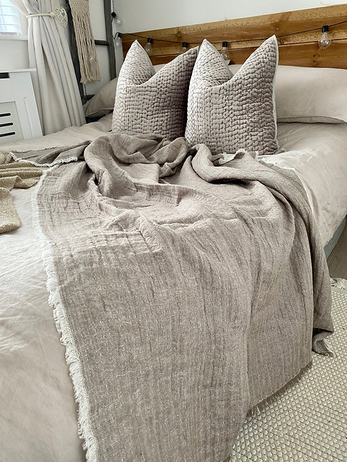 'Its A Vibe' Linen Throw