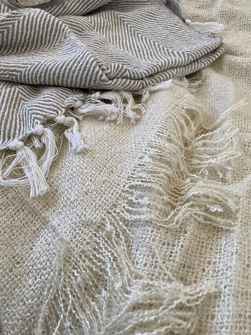 'EnVouge' Boucle Throw - variety of colours
