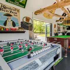 Horne's Place Oast -Games Room c.jpg