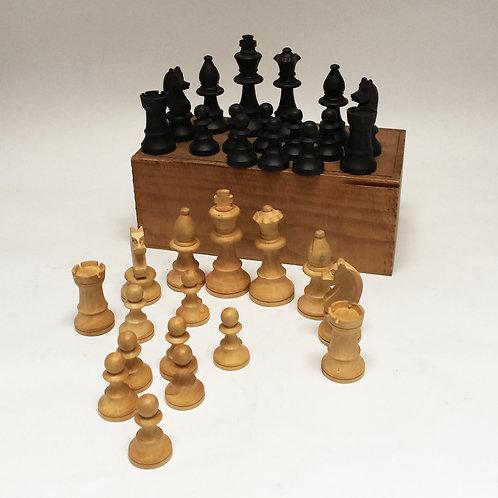Boxwood Chess Set