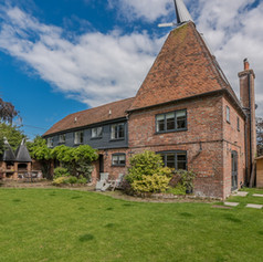Horne's Place Oast - back a.jpg