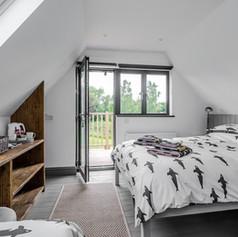 Horne's Place Oast Barn - Bedroom 10.jpg
