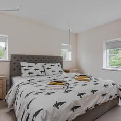 Horne's Place Oast - Bedroom 1.jpg
