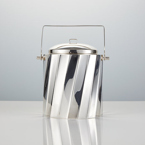 Mid-20th Century Sterling Silver Ice Bucket Made by Cartier