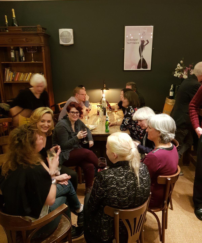 From bottom left: Steph Bianchini (Editor, The Earthian Hivemind), Francesca T Barbini, Kathleen Stevenson, Lizzy Priest (Writer), Simon Walpole (Artist), Nina Oram (Writer), Barbara Stevenson (Writer), Leigh Kennedy and Kim Lakin-Smith (Writer).