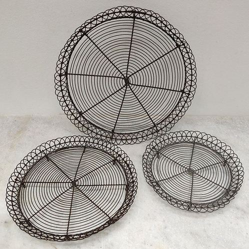 Circular Tiered Wire Cooling Racks