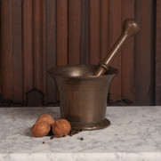 /product-page/bronze-pestle-and-mortar