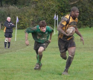 Rob Hinwood takes on Marlborough's Taniela Delaitamana