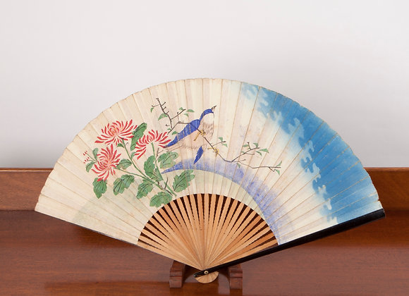 An Early 20th Century Chinoiserie Hand Painted Folding Fan