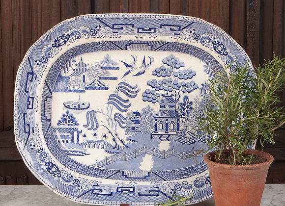 A Victorian Blue and White Serving Plate / Platter