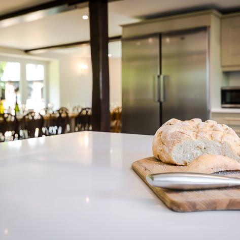 Horne's Place Oast - Kitchen i.jpg
