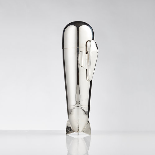 Superb Zeppelin Cocktail Shaker