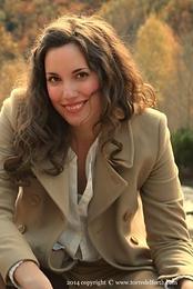 Dr Ester Torredelforth