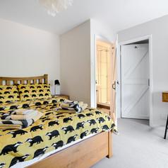 Horne's Place Oast - Bedroom 6.jpg
