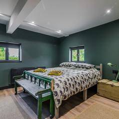 Horne's Place Oast Barn - Bedroom 8.jpg