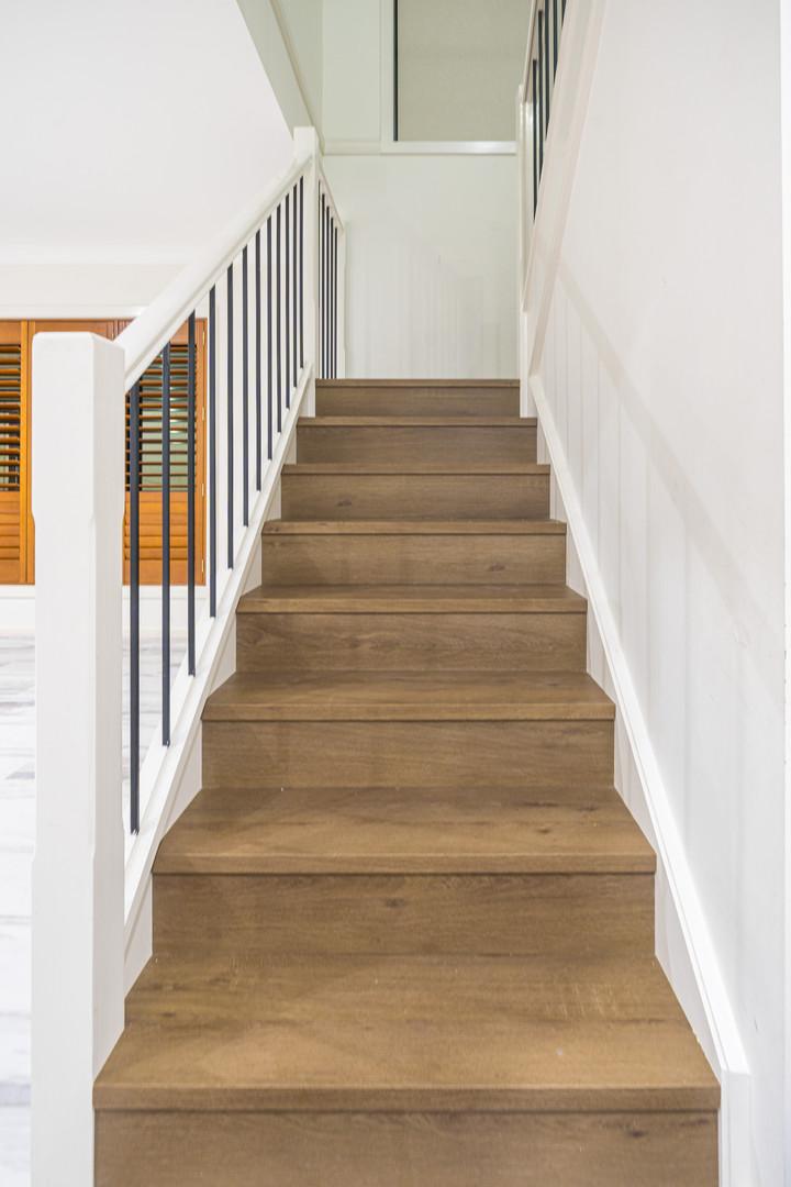 Stone Oak - Stone Floor