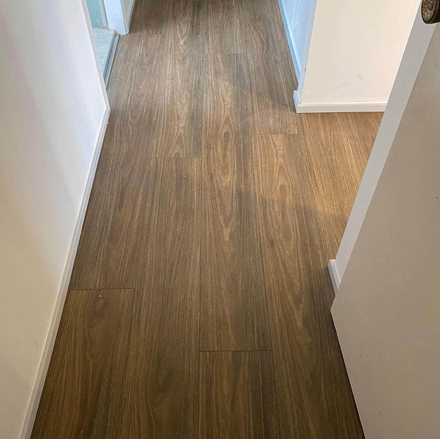 Spotted Gum - Storm Luxury