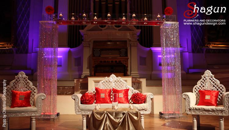750x425_CristinaGPhotography_FromBlog_FarrahChaudhary_mechanics_hall_weddings_wo
