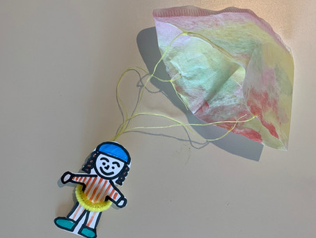 Italian Themed Craft: Parachutes