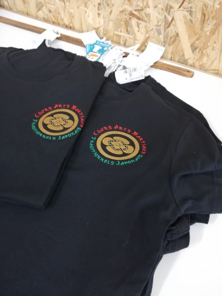 Art martiaux coeur sur tshirt