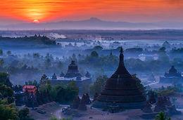 Dawn to dusk in Mrauk-U
