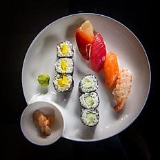 28. Mini Sushi platter (10pcs)