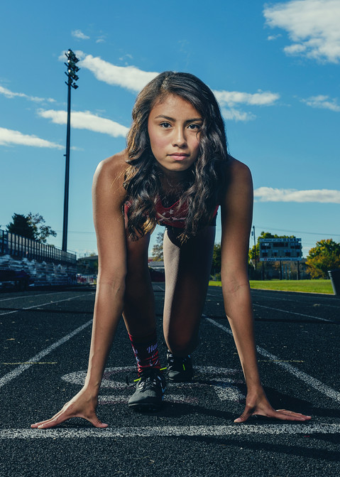 Bozeman Senior Photographer - bozeman high track girl