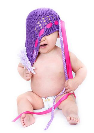 Bozeman Baby Photographer - baby dressing