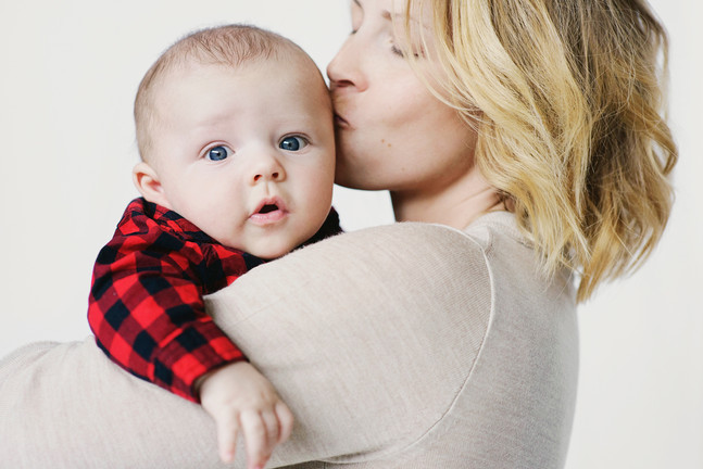 Bozeman Baby Photographer - kissing baby 2