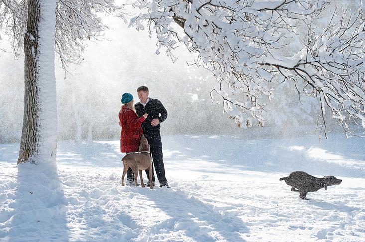 Big Sky Photographer - couple in snow