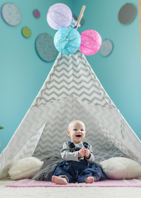 Bozeman Baby Photographer - baby and tent