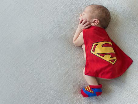 Ребенок супермен.