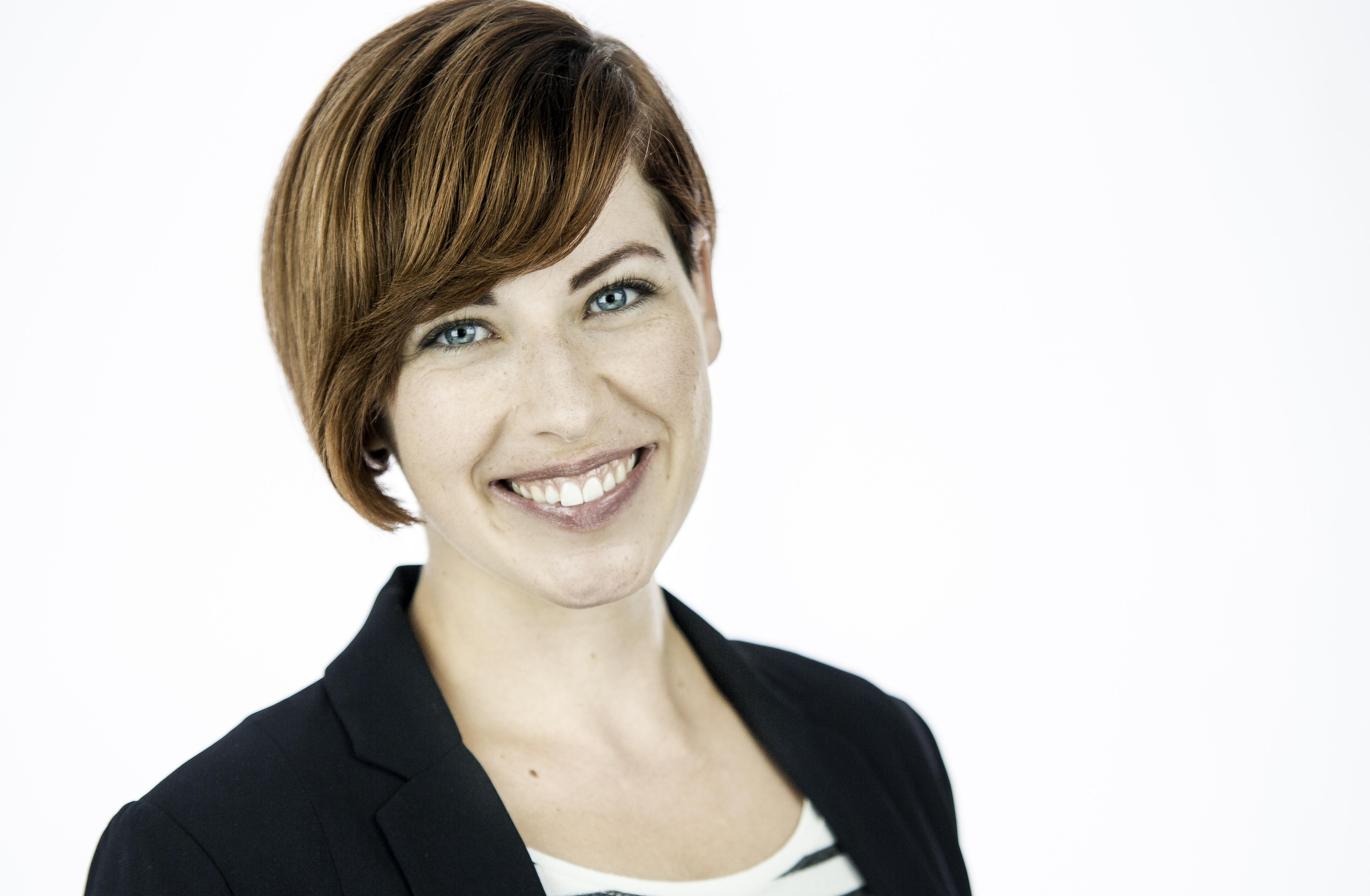 Laurie Catherine Winkel_Professional