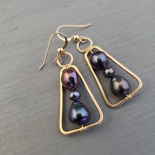 Peacock Pearl & Gold Mini Triangles