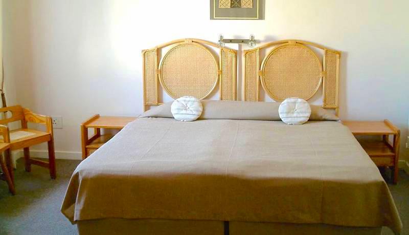 Swakopmund-south-Hotel-DAvignon-Hotel-Pe