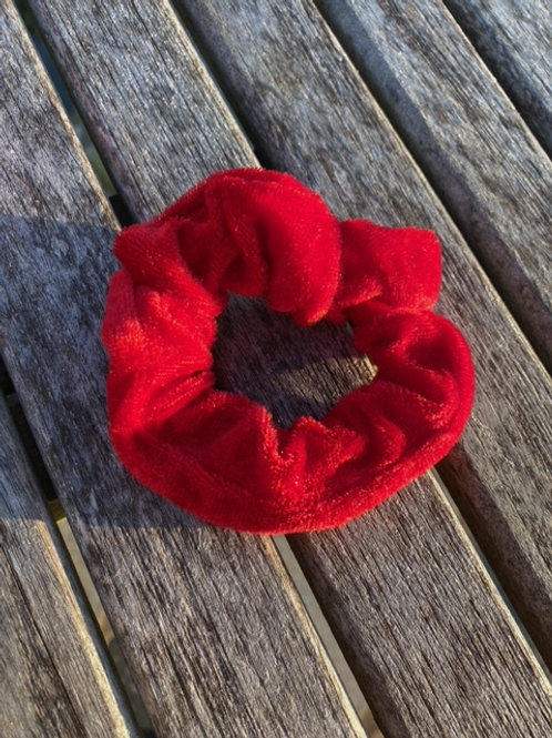 crisp apple scrunchie