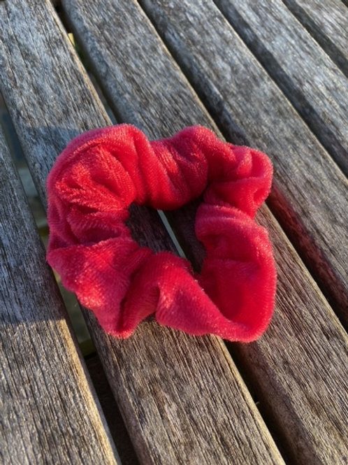 hot pink scrunchie