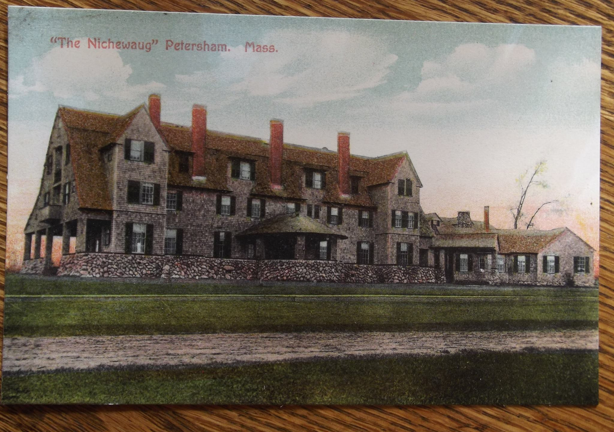 Nichewaug Inn side view postcard printed in germany