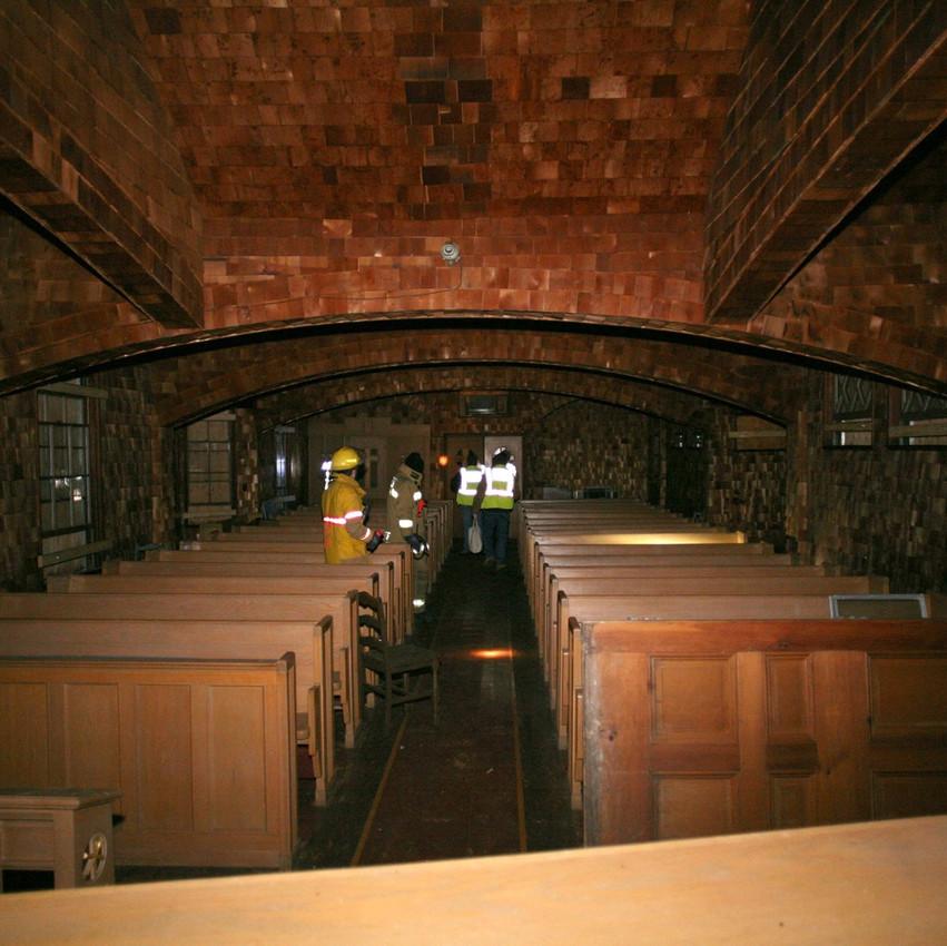 Nichewaug Inn Music room chapel photo Tavares Team