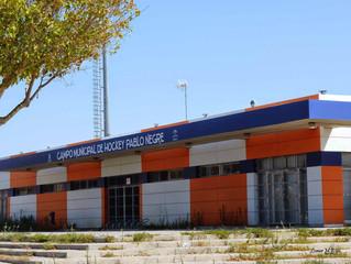 Los 'Niños de La Salle' reclaman el nombre de Antonio Salas para el campo de hockey